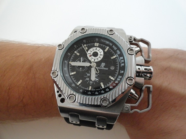 Audemars Piguet Royal Oak survivant au large réplique montre suisse