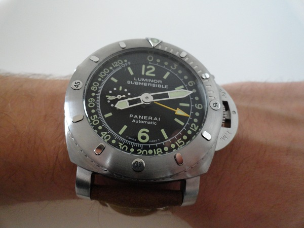 Panerai Luminor 1950 Submersible Depth Pangea montre Gauge réplique
